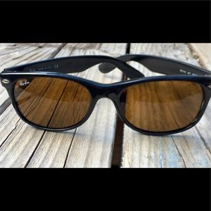 Ray-Ban RB 2132 Wayfarer Sunglasses 55mm